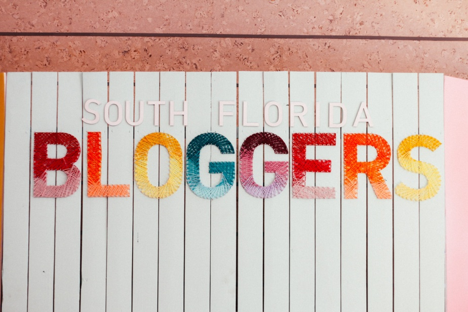 south-florida-bloggers-awards-2017-photos-by-nabilaverushka-6