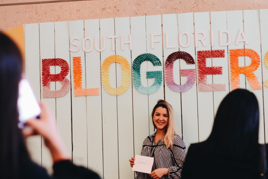 south-florida-bloggers-awards-2017-photos-by-nabilaverushka-93